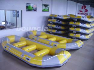 0.9mm PVC Rafting Boat With 2.0mm PVC Bottoms For commercial Use