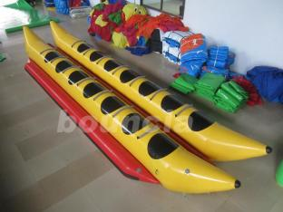 Commercial Grade Two Tubes Inflatable Banana Boat For Fun