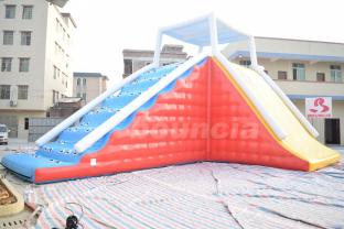 Durable Inflatable Climbing Water Tower For Lake