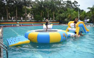 Mini Inflatable Water Park Equipment For Swimming Pool