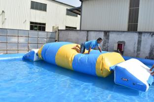 2021 New Design Inflatable Water Air Bag For Adults And Kids