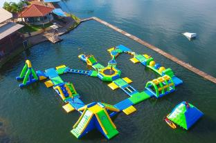0.9mm PVC Tarpaulin Inflatable Floating Water Park Games For Adults With TUV Certification
